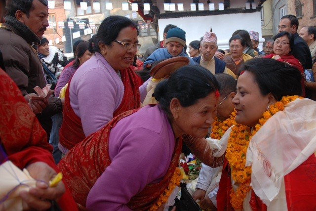 A photo from Professor Bajracharyas presentation at U of T on the revival of the Nāmasangīti Festival in Kathmandu. Professor Bajracharya's wife, Mrs. Gurumaju Nita Bajracharya granted the Mañjuśrīnāmasanggīti initiation to more than 2000 female participants at that three day event.